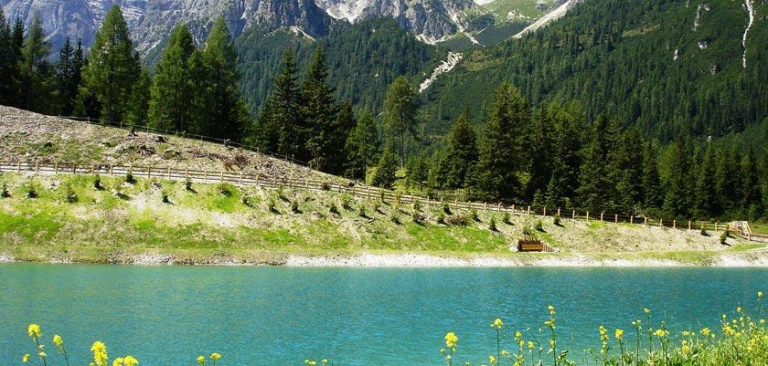 Austria_Austrian-Tyrol_Neustift_Lake-view.jpg